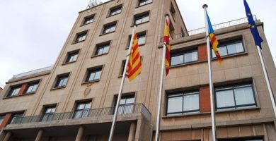 Els grups municipals de Vila-real renuncien a la meitat de la seua assignació per a destinar-la al fons del Pacte local pel renaixement