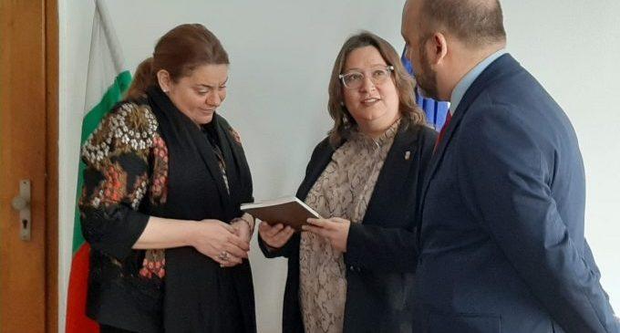 Ruth Sanz: «Cal ajudar a introduir els artistes de la província en els circuits culturals europeus»