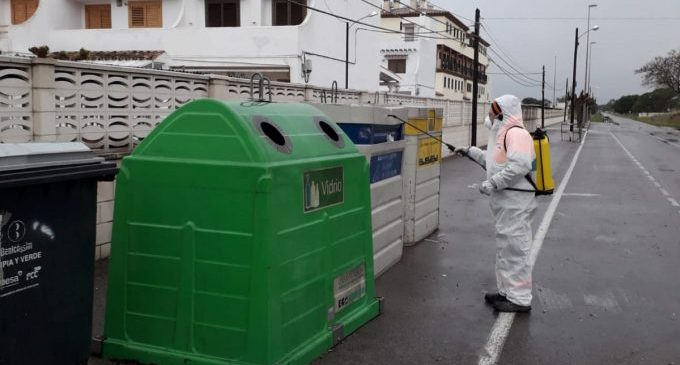Benicàssim intensifica la desinfecció amb la segona fase de neteja
