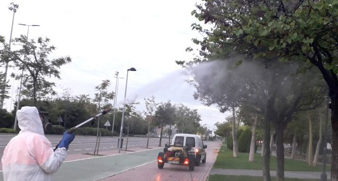 Castelló manté precintats els jocs infantils i reforça la desinfecció dels espais públics