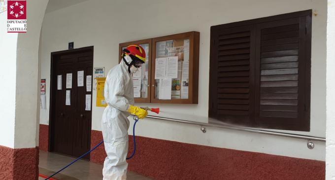 José Martí destaca l'«encomiable treball» dels bombers de la Diputació que ja han realitzat 65 accions de desinfecció a la província