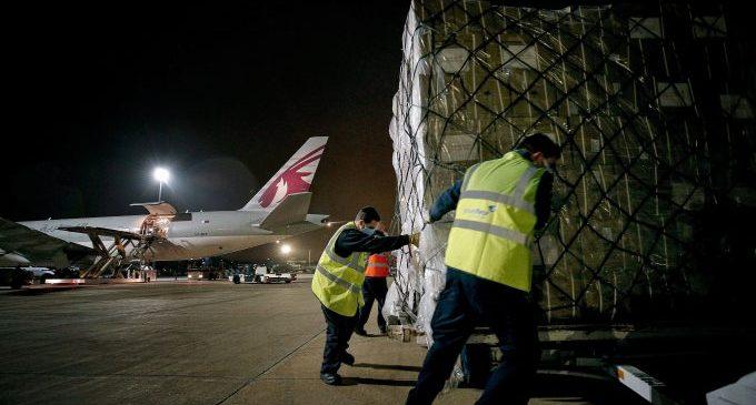 El nové vol contractat per la Generalitat arriba a la Comunitat Valenciana amb 53,4 tones de material sanitari de la Xina