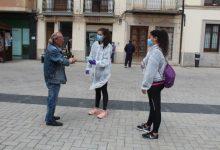 Nules reparteix mascaretes en les zones comercials del municipi