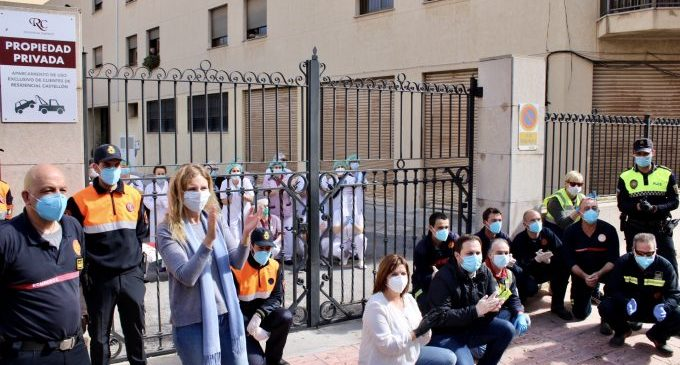 Castelló reparteix mones de Pasqua en hospitals, residències i entre les forces de seguretat