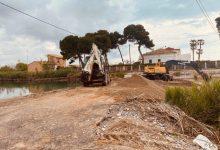 Borriana repara la pasarel·la de terra per a accedir a la zona de les Terrasses