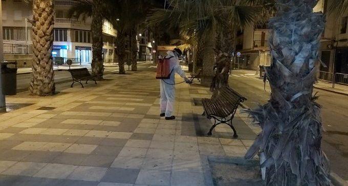Castelló intensifica les desinfeccions per a la reobertura comercial i de centres educatius