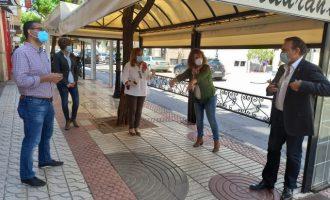Benicàssim aborda amb hostalers i comerciants propostes per a la seua reactivació