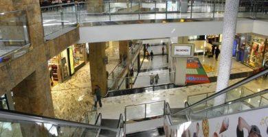 Quan obrin els centres comercials a Castelló?