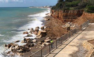 Comencen les obres de continuació de la passarel·la de fusta a la costa Nord de Benicarló