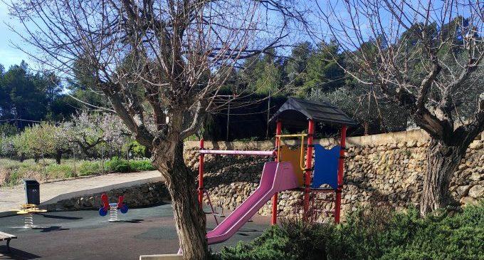 El Ayuntamiento de l'Alcora acondicionará las zonas de juegos infantiles de diversos parques