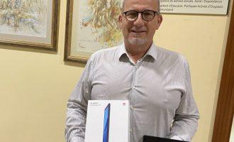 Borriana distribuirà 20 tauletes digitals amb Internet per a arribar a l'alumnat més vulnerable del municipi