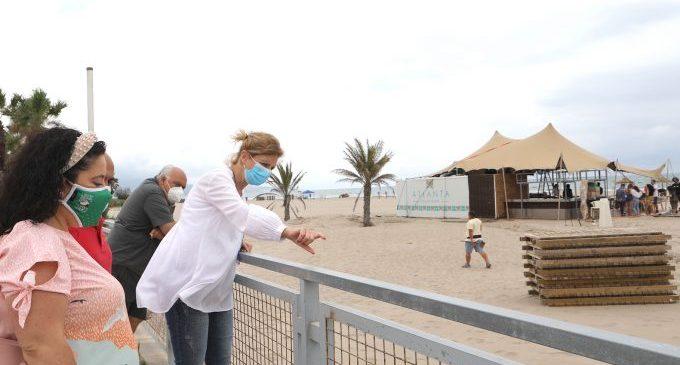 Les platges de Castelló ultimen els seus serveis per a afrontar l'estiu com a atractiu turístic