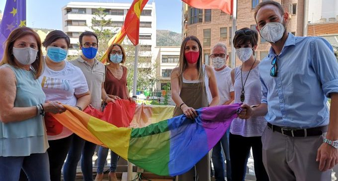 L'Ajuntament de la Vall d'Uixó commemora el Dia de l'Orgull LGTBIQ+