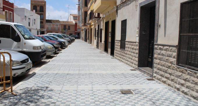 Finalitzen les obres dels carrers Assutzena i Isaac Peral de Nules