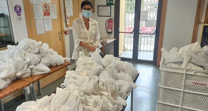 Benicàssim reparteix més de 11.600 menús a persones vulnerables des de l'inici de l'estat d'alarma