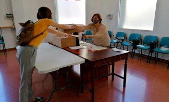 Benicarló entrega a los adjudicatarios las llaves de las parcelas del Hort de la Mar