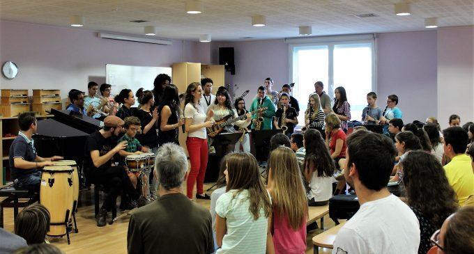 El Centre de les Arts torna les taxes de l'últim trimestre del curs a 890 alumnes