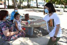 Vila-real inicia el reparto de 10.000 envases individuales de gel hidroalcohólico en los parques infantiles de la ciudad