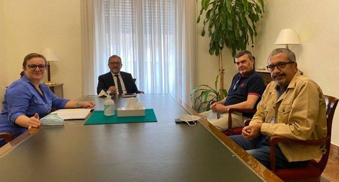 La Diputación aportará 160.000 euros a la Fundación del Hospital Provincial para potenciar la investigación oncológica
