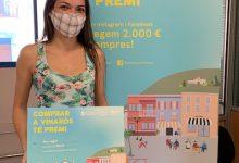 La campaña 'Comprar a Vinaròs té premi' entrega los primeros 400 euros a la clientela