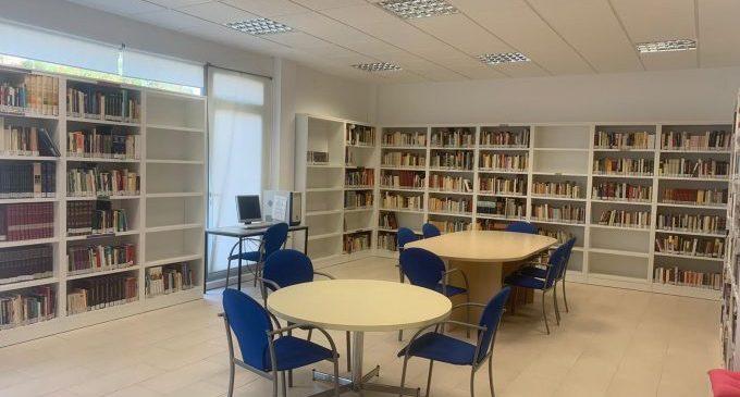 La biblioteca de la Platja Casablanca d'Almenara es trasllada al Miguel Hernández