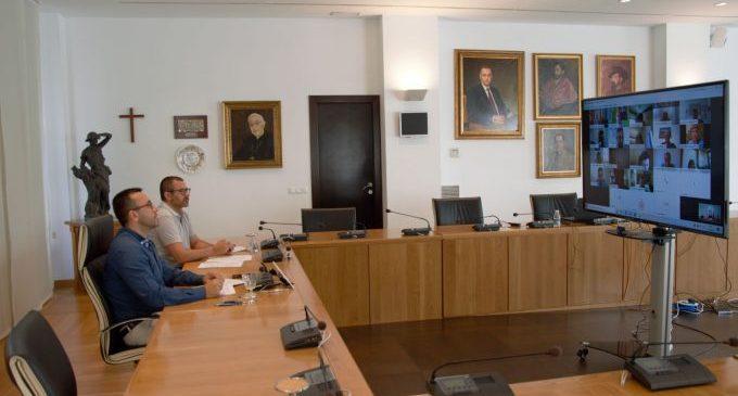 Benlloch participa en la Comisión de Festejos Taurinos Tradicionales de la Comunitat Valenciana para definir la normativa de celebración de 'bous al carrer' esta temporada