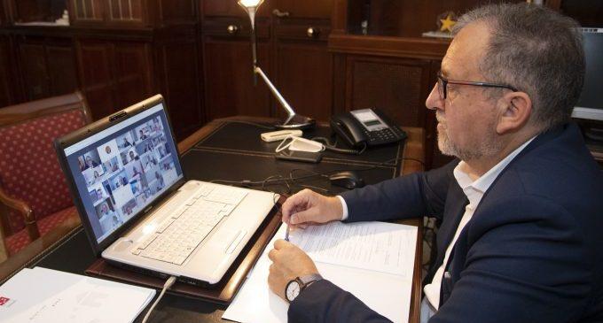 Martí recolza al president Puig per a revertir la situació per la quarantena decretada pel govern britànic