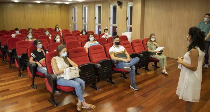 Onda ofereix una primera oportunitat laboral en pràctiques a 20 estudiants onders