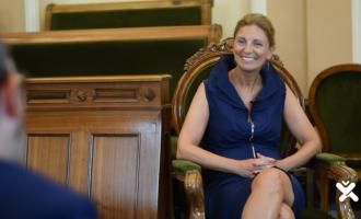"""Amparo Marco: """"Tenim clar que som servidors públics i volem posar Castelló on es mereix"""""""