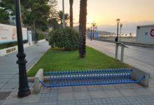 Benicàssim ejecuta trabajos de mejora en el mobiliario urbano