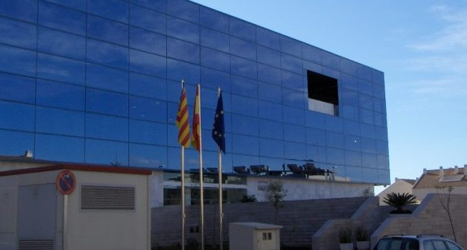 Almenara reforça la enteja d'edificas municipal amo cinc noves contrataciones