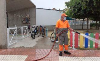 Benicàssim reforça la neteja i desinfecció en els centres escolars i exteriors