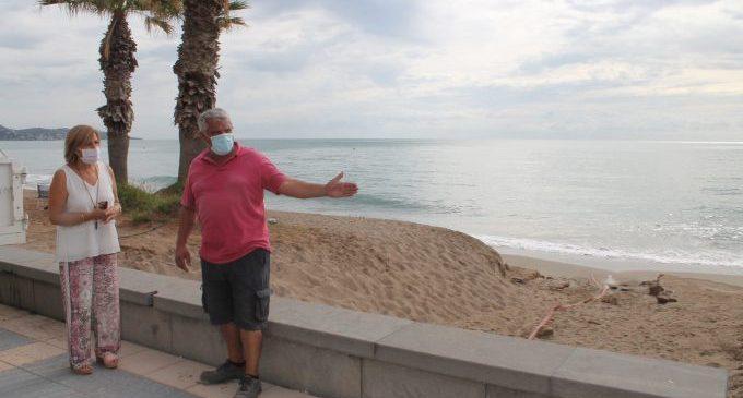 Benicàssim pide a Costas un estudio que determine cómo actuar en la playa Heliópolis por su regresión