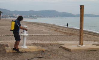 Benicàssim continua amb les labors de neteja i desinfecció en zones vulnerables
