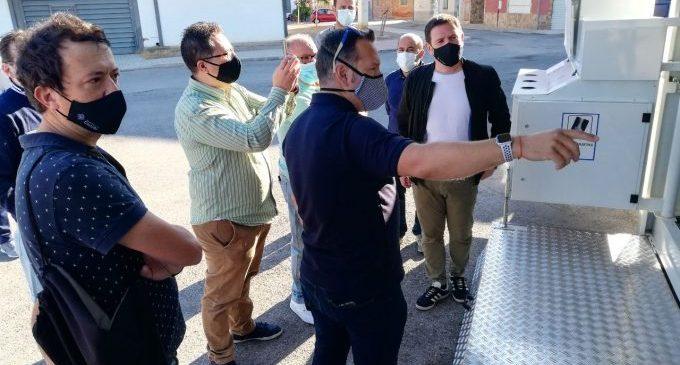 El nou punt mòbil de l'ecoparc de Castelló s'estrena als barris de Sant Agustí i San Marcos