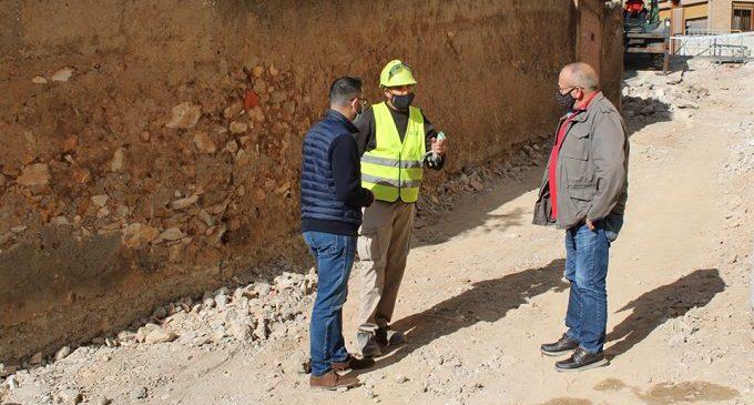 L'Alcora comienza la renovación urbana de la calle Viver