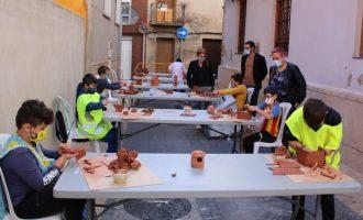 """L'Alcora pone en marcha el proyecto educativo """"Aules al carrer"""""""