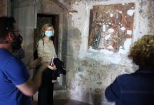Els treballs de restauració descobreixen un singular mural de la Sagrada Família de Maria al Fadrí