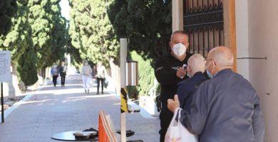 Así se preparan los cementerios en Castelló para el día de Todos los Santos en medio de la pandemia
