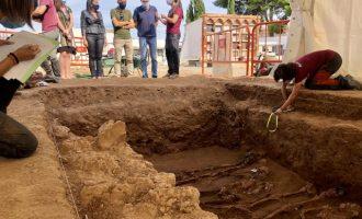 Almassora recupera les restes d' Abella Bernat, fundador del PSOE local, afussellat