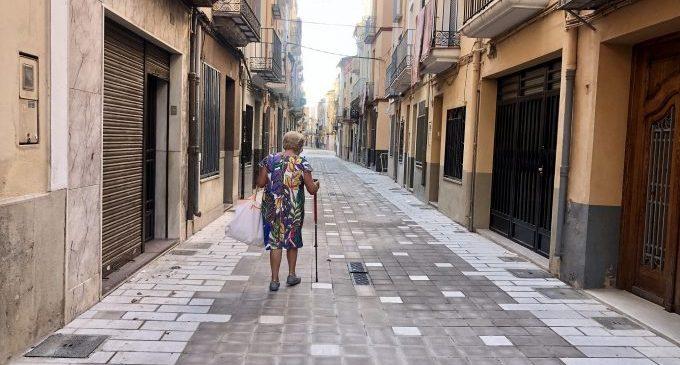 Almassora autoriza el paso de cuatro vehículos por vivienda en la peatonalización de la Vila