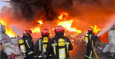 Muere un bombero forestal que participaba en la extinción de un incendio en Vila-real