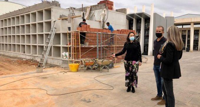 Més seguretat i transport en el cementeri d'Almassora per Tots els Sants