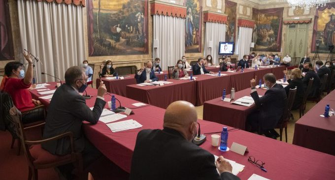La Diputació reforça el consens i el diàleg amb quatre declaracions de suport al sector nocturn i citrícola i a xiquetes i dones rurals