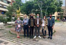L'Ajuntament de la Vall d'Uixó, l'Associació Contra el Càncer i Jo Compre a la Vall presenten les mascaretes solidàries contra el càncer