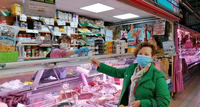 Comença la campanya per a animar a comprar al xicotet comerç local de Benicarló