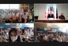 Benlloch anuncia la visita dels Reis Mags a Vila-real al gener en una videoconferència amb alumnes de la Consolació