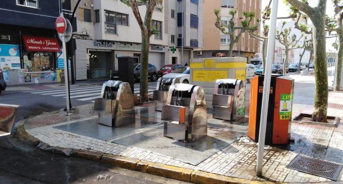 Borriana instal·la 100 contenidors marrons per al reciclatge orgànic
