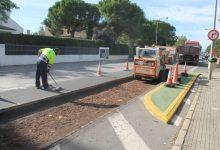 Benicàssim elimina baches en la Gran Avenida para mejorar la pavimentación