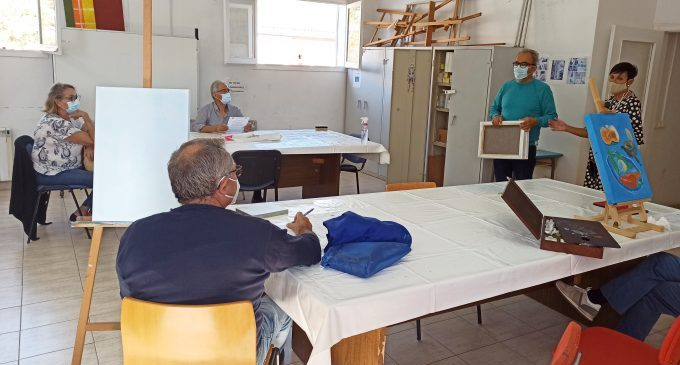 L'Escola Municipal de Formació per a Adults de Benicàssim inicia el curs